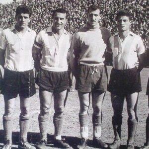 Cap, De Vicente, Dellacha, Negri, Gianella y Murúa en el Racing Club de Avellaneda campeón de la AFA en 1958.