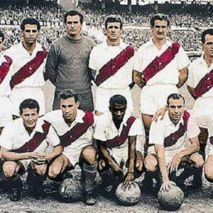 Lombardo, Ramos Delgado, Carrizo, Schneider, Varacka y Echegaray (par.) Pérez, Delem, Moacyr, Pepillo y Roberto (hin.).