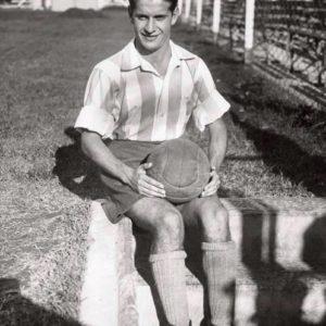 """El entreala izquierdo Vicente """"Pichín"""" Del Giúdice en el Racing Club de Avellaneda en 1939, su último año en la Academia.  Compartido por Rolando Paolucci"""