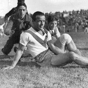 Juan Alonso en el Club Atlético Vélez Sarsfield. La imagen circa 1940.  Compartido por Rolando Paolucci